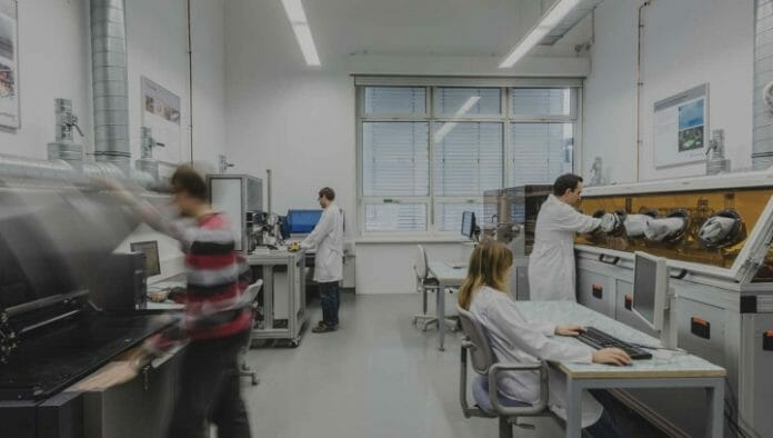 ESMA Akademie, Fraunhofer IPM, Hochschule der Medien, Digitaldruck